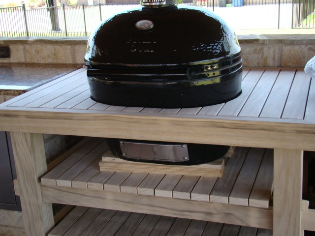 Pine Rolling Barbecue Table