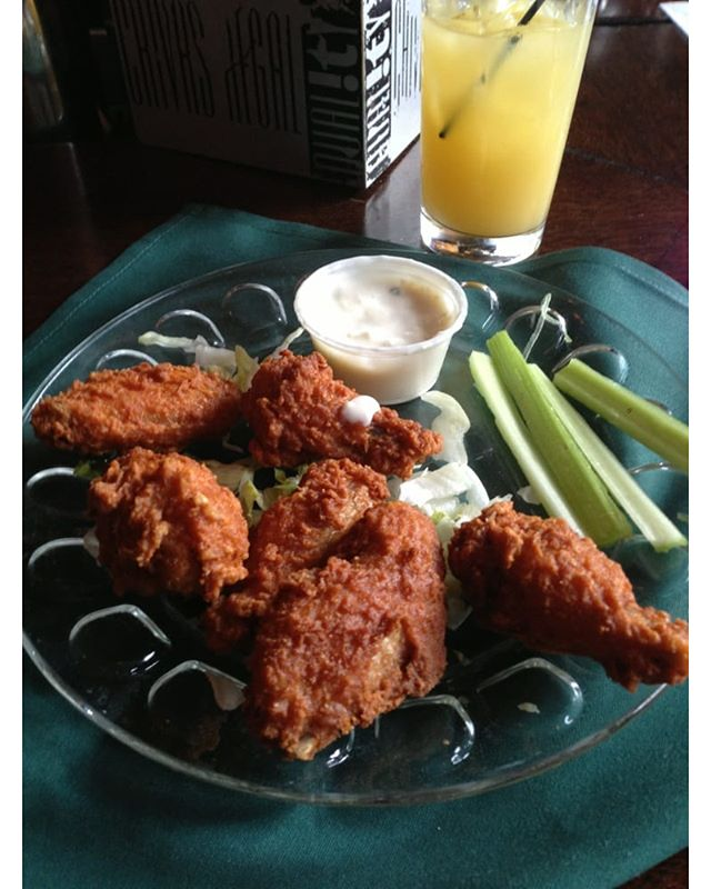 Feeling some finger food? We got several appetizers for you to choose from. Enjoy some of our crispy chicken wings today!