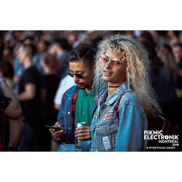 #piknicelectronik #parcjeandrapeau #livemusic #festivals #montreal #mtl #electronicmusic #downtempo #goodvides #goodmusic #neon #canon #2018 #summer #blonde #swag #summervibes #feels #sexy #sunshine #happyplace #jeansjacket #cadid #smile #fashion #fashionista #bold