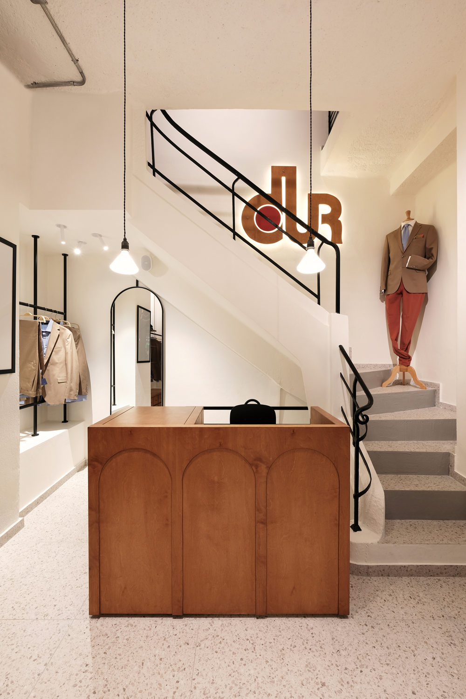 dUR clothing store in Stoa Nikoloudi,  Natalia Kokosalaki Architecture
