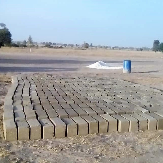2019.02.18_FT - Making the blocks that will start the foundation sqaure.jpeg