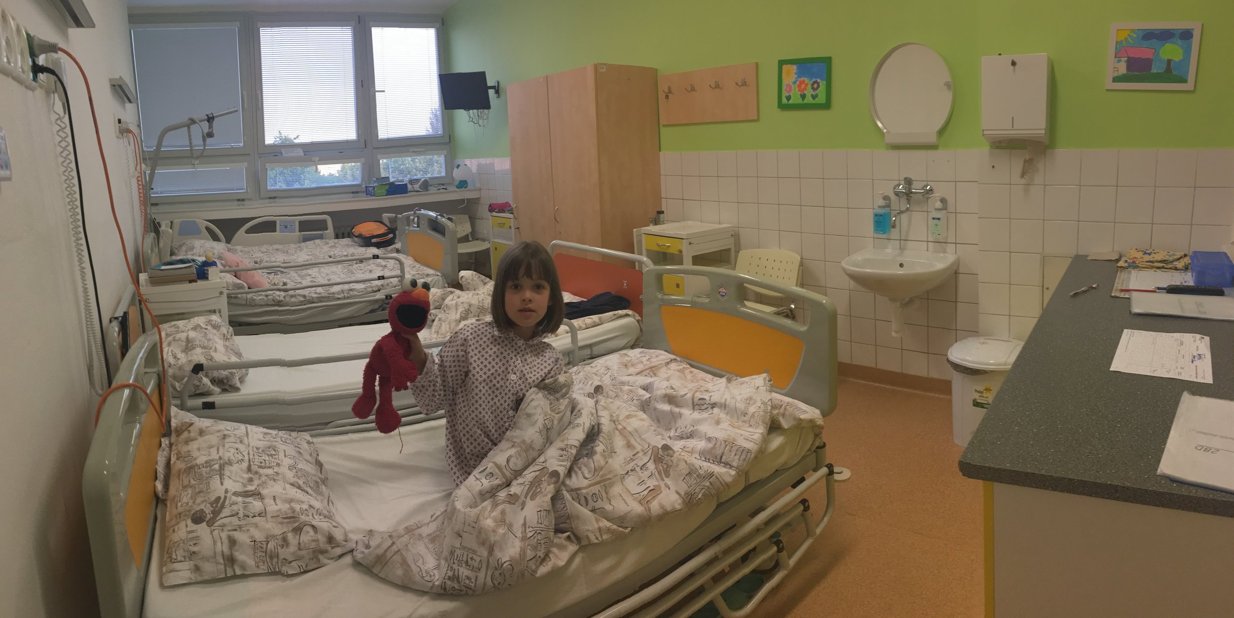 This is the hospital room Lisa and Nora stayed at with another mother and her daughter