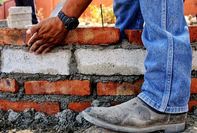 Brick by brick and another rainwater harvesting system is complete.  Ladrillo a ladrillo y otra sistema de captación de lluvia está completa.  #rainwater #aguadelluvia #sanmigueldeallende #mexico #collaboration