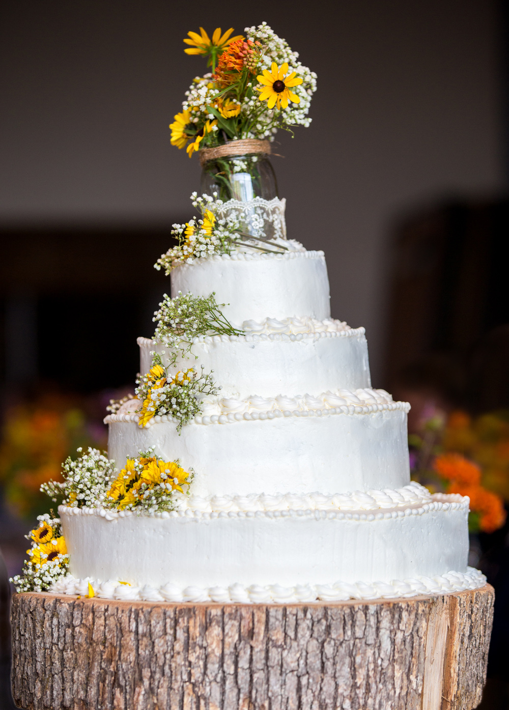 Custom Wedding Cake Highlight