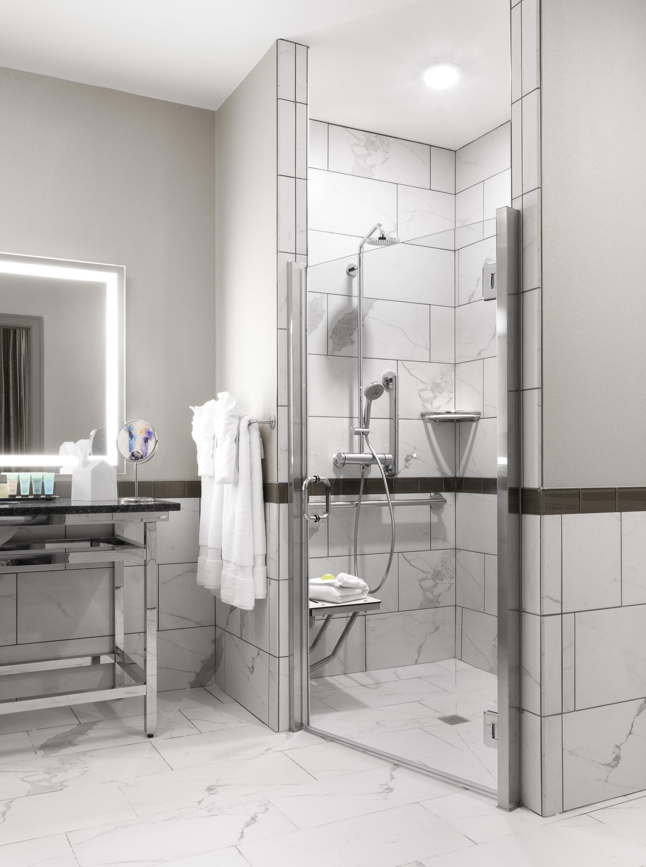 201 Bath.jpg