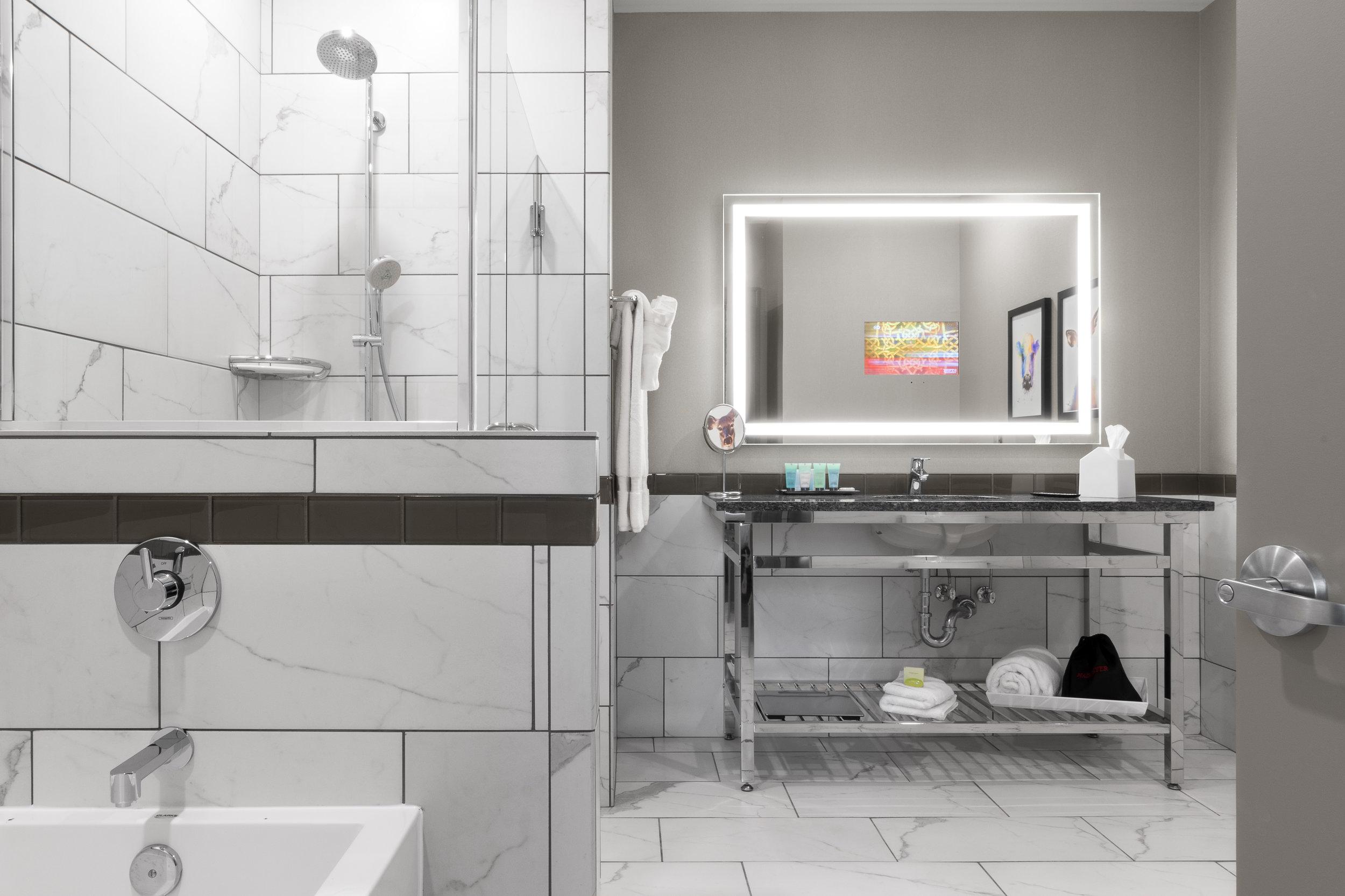 313 Bath.jpg