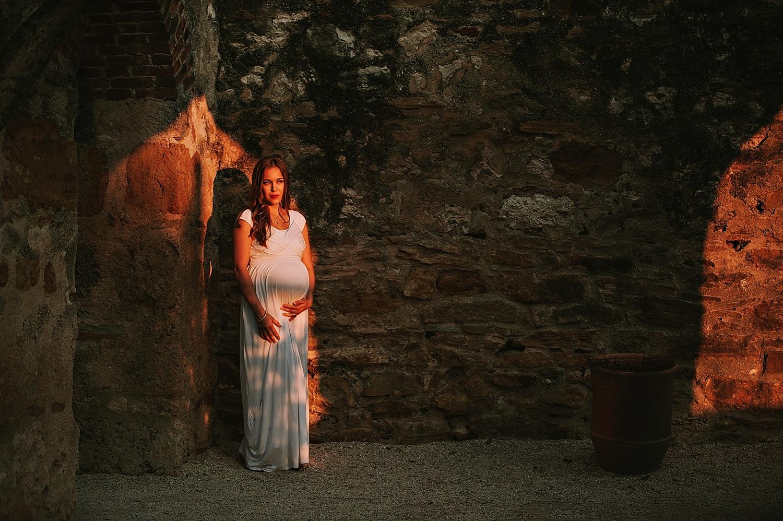 click-away-lauren-grayson-maternity-photographer-akron-ohio-cleveland-canton-direct-light