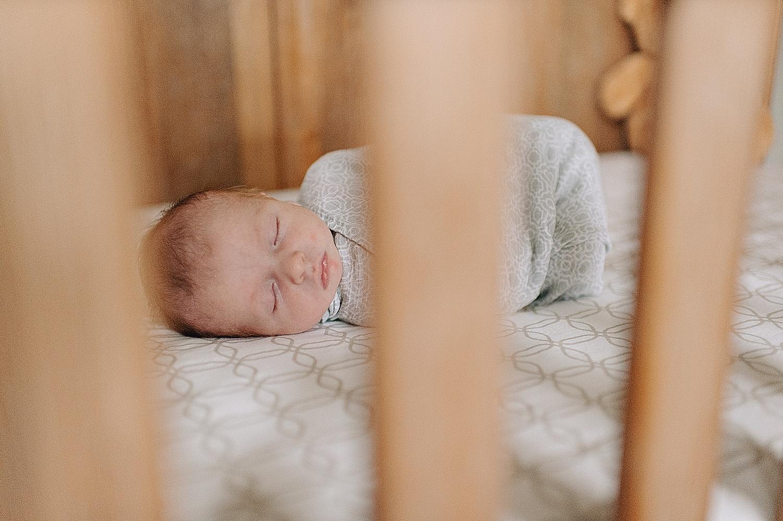akron-ohio-newborn-photographer-lauren-grayson-baby-family-photography