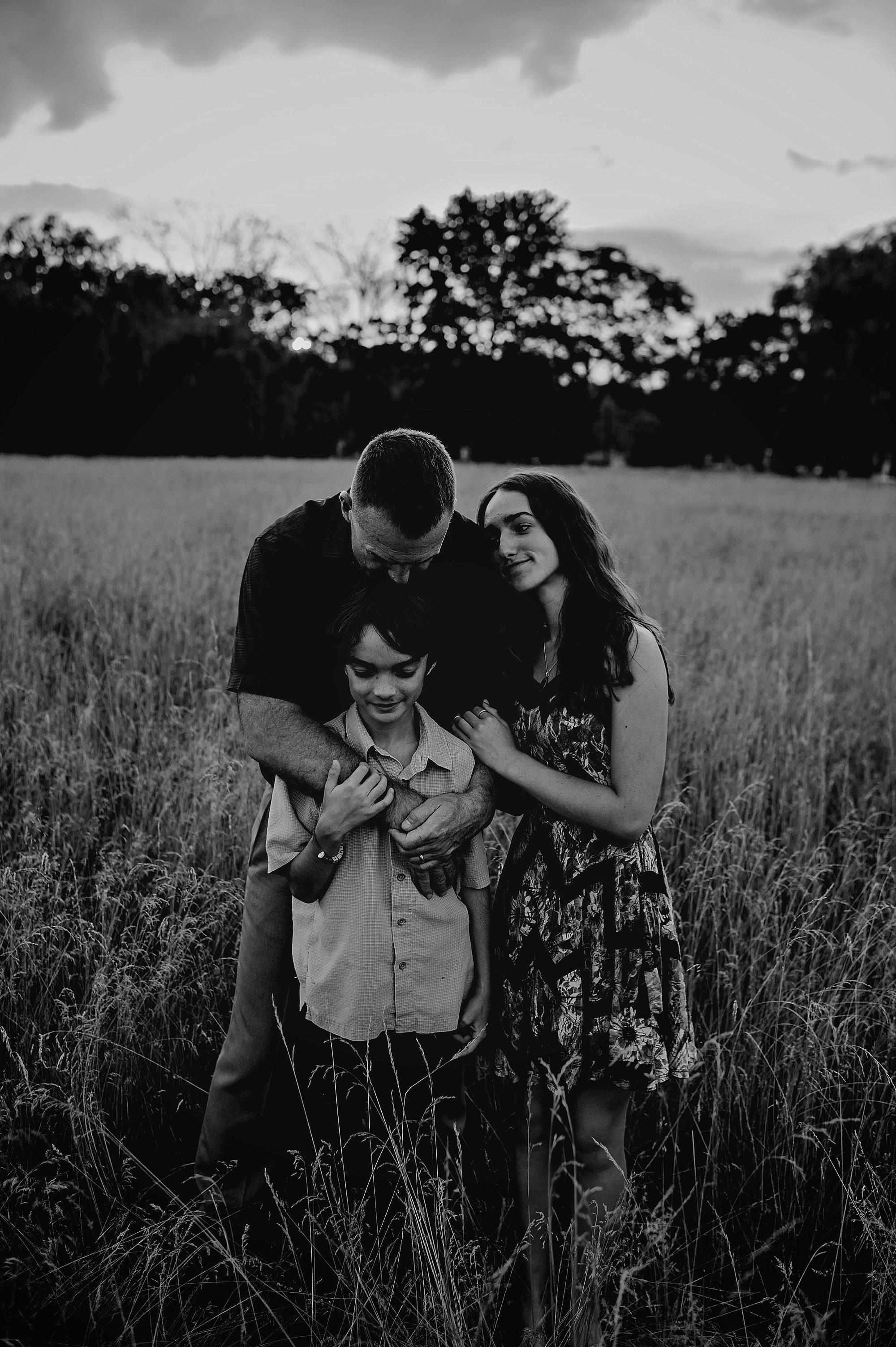 maternity-family-children-akron-cleveland-ohio-lauren-grayson-photography