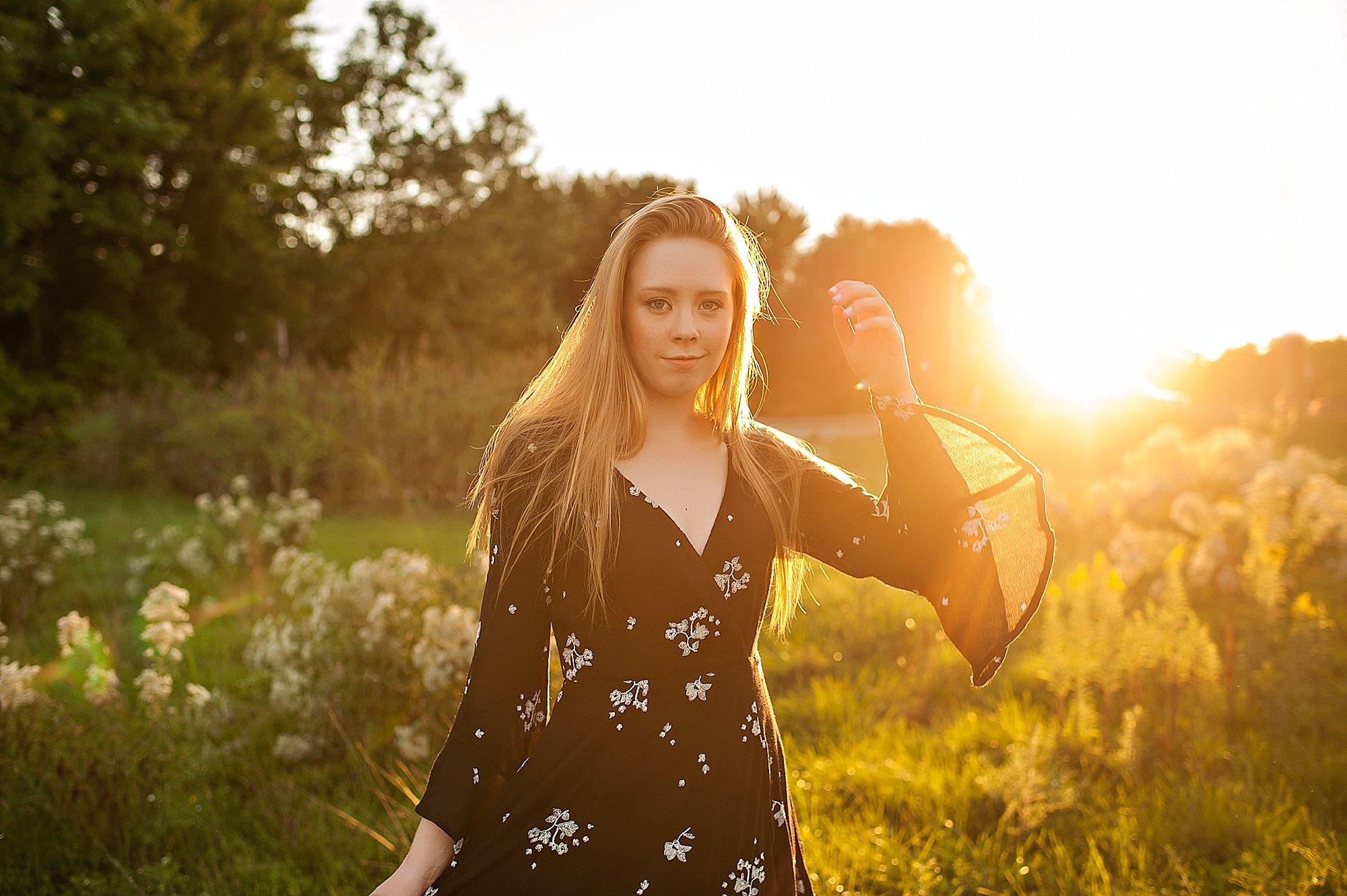 lauren-grayson-akron-ohio-cleveland-senior-photographer-thuressa_0032.jpg