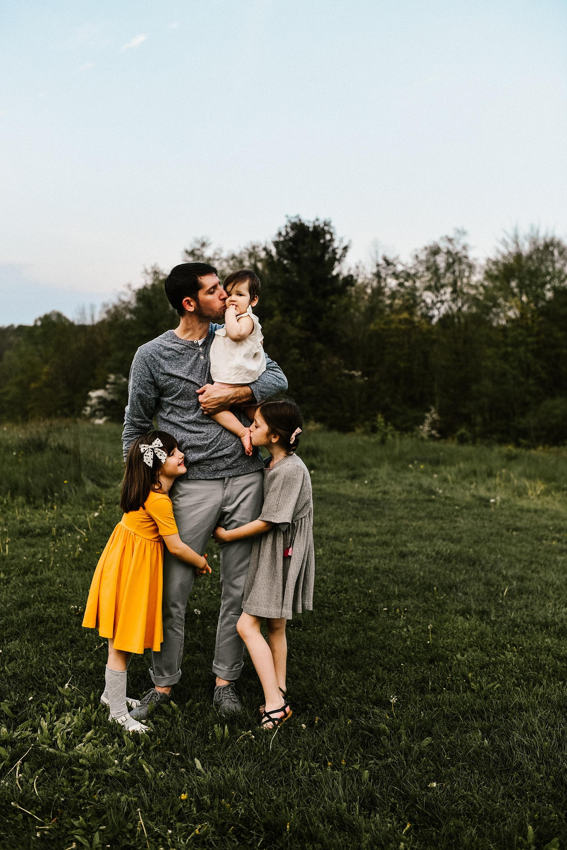 lauren-grayson-akron-ohio-family-photographer-molly_0039.jpg