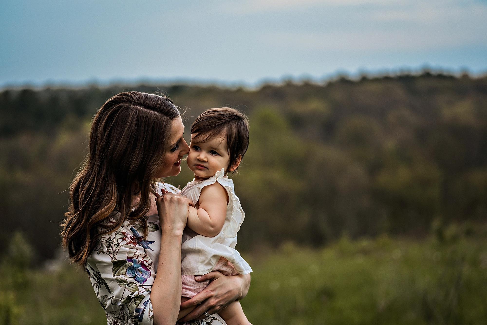 lauren-grayson-akron-ohio-family-photographer-molly_0025.jpg