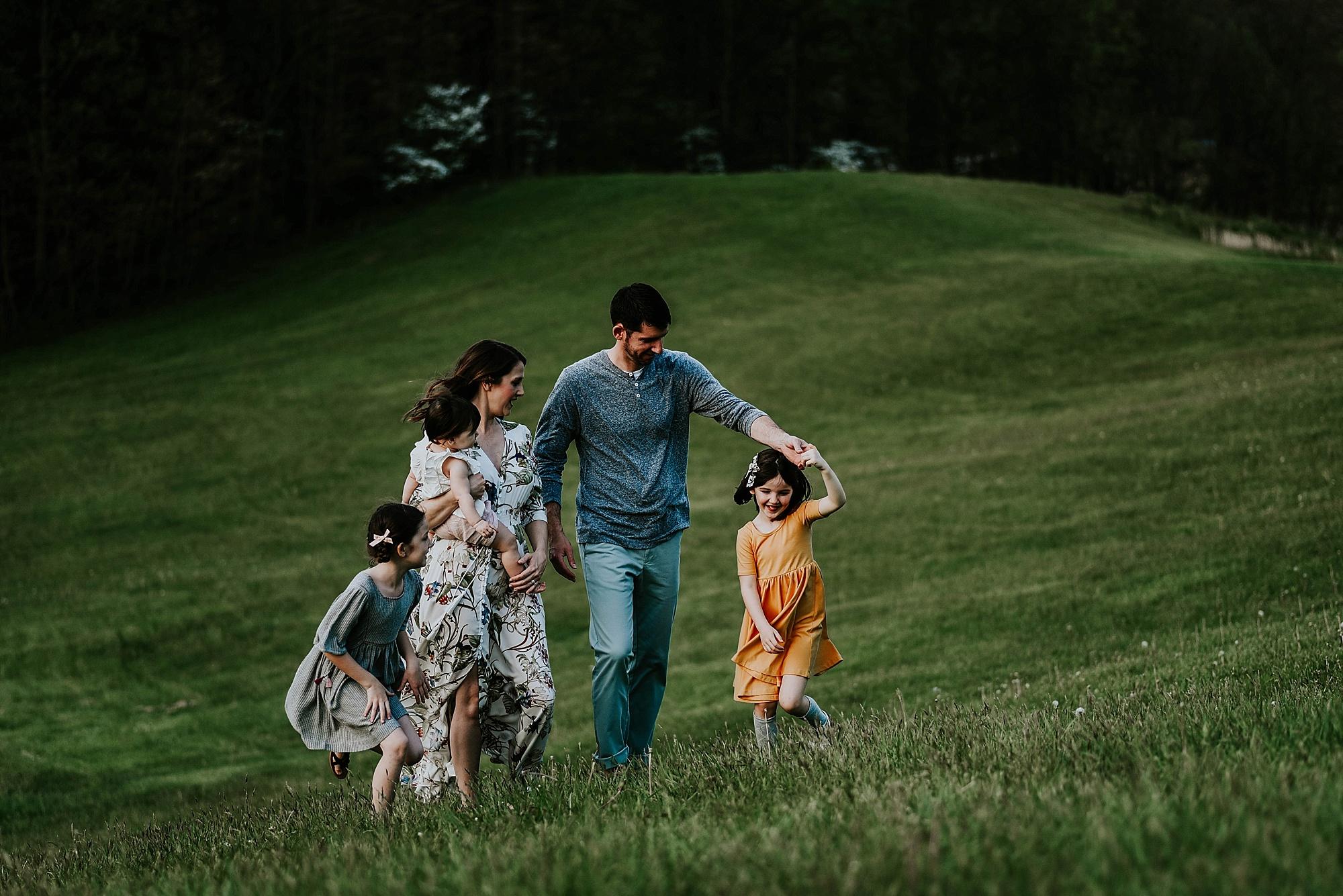 lauren-grayson-akron-ohio-family-photographer-molly_0017.jpg