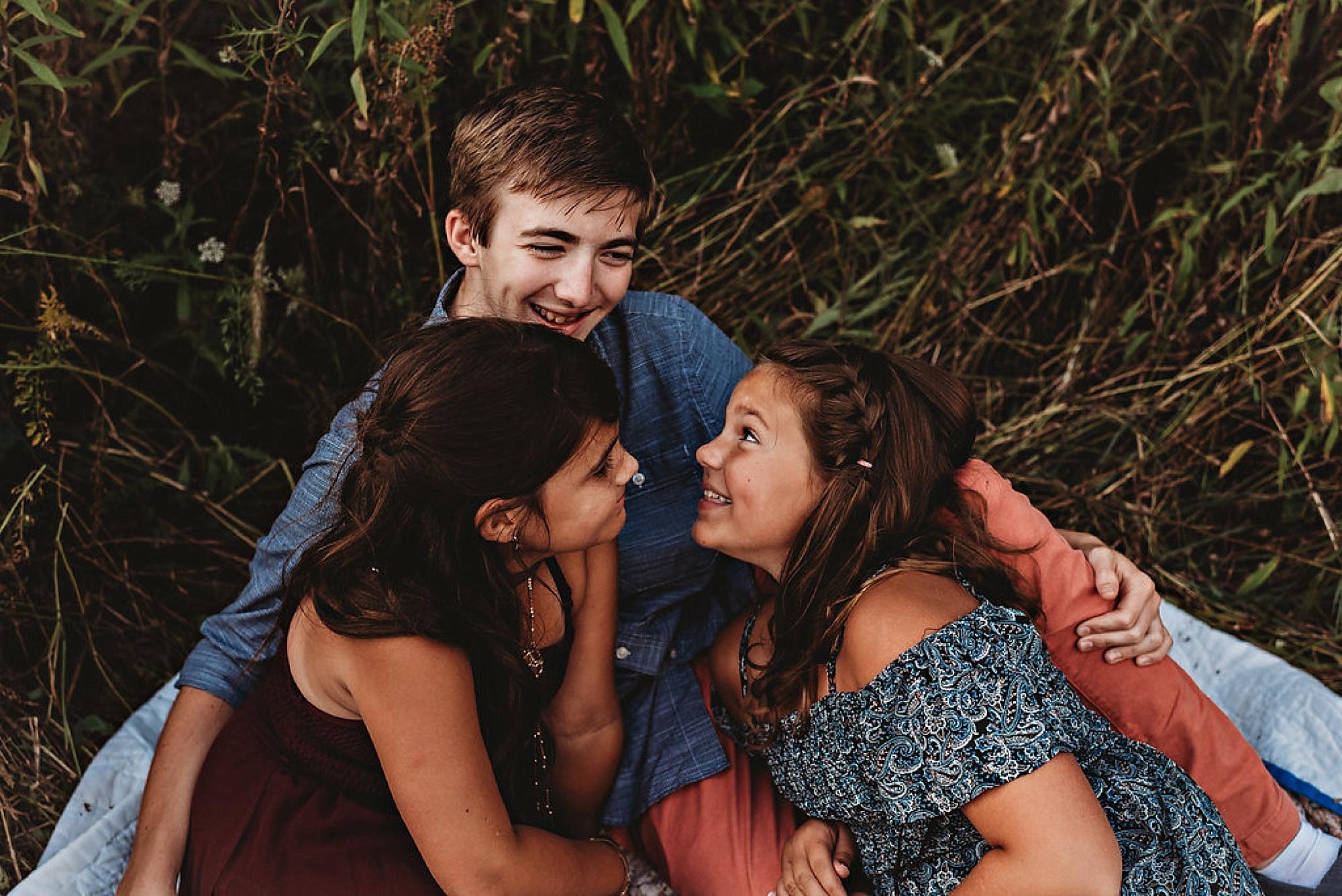 mcfredrick-family-lauren-grayson-akron-ohio_0008.jpg
