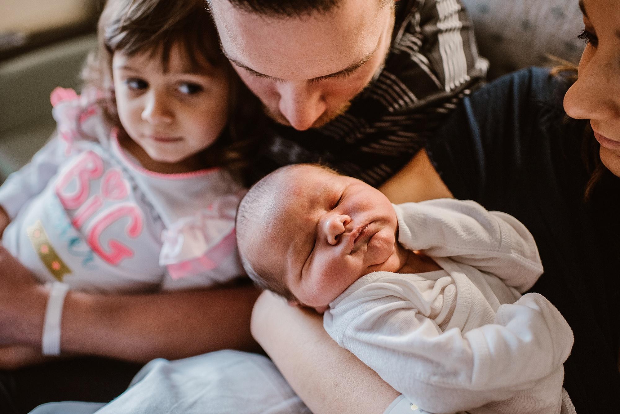 Dudones-family-cleveland-photographer-lauren-grayson-fresh-48-session_0004.jpg
