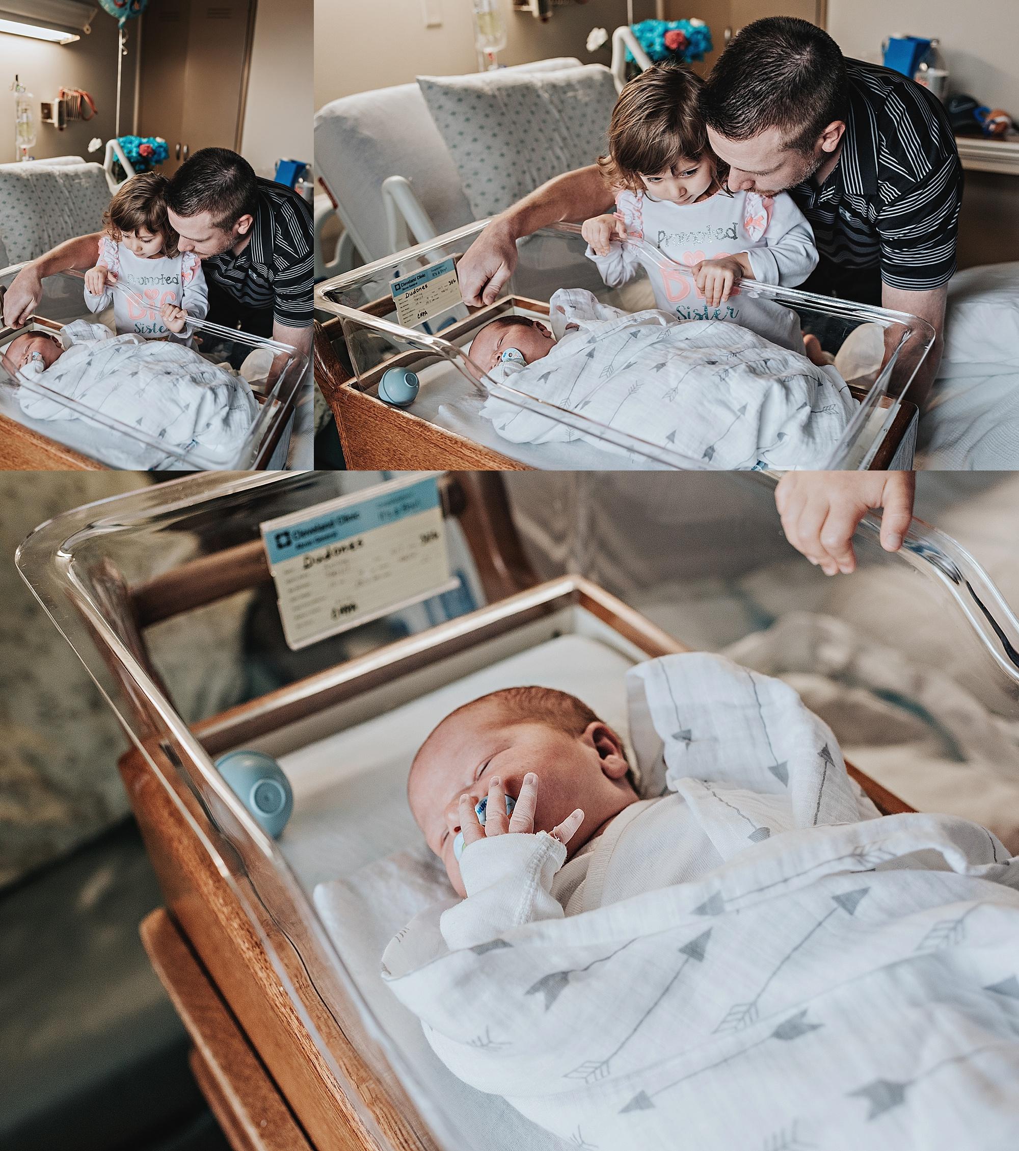 Dudones-family-cleveland-photographer-lauren-grayson-fresh-48-session_0024.jpg