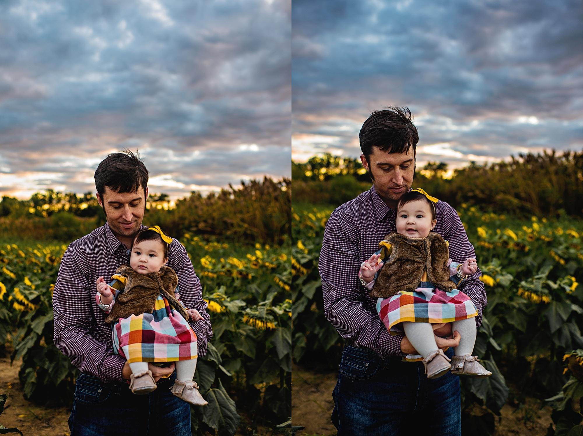 Turner-family-akron-ohio-photographer-lauren-grayson-sunflower-field-session_0012.jpg