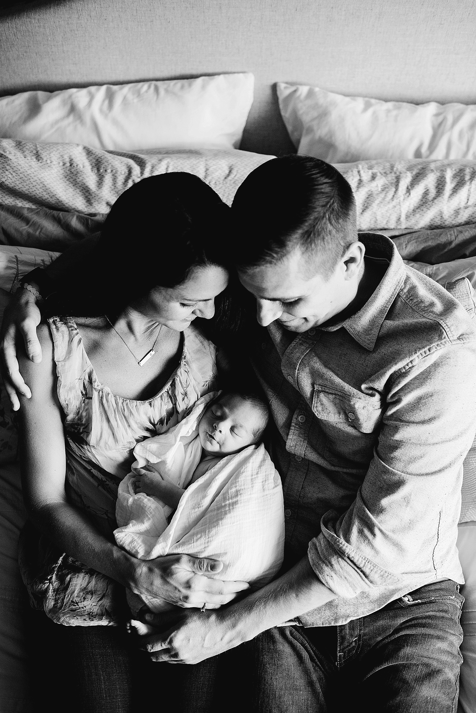 Welcome-baby-Cullin-akron-ohio-photographer-lauren-grayson-newborn-session_0018.jpg