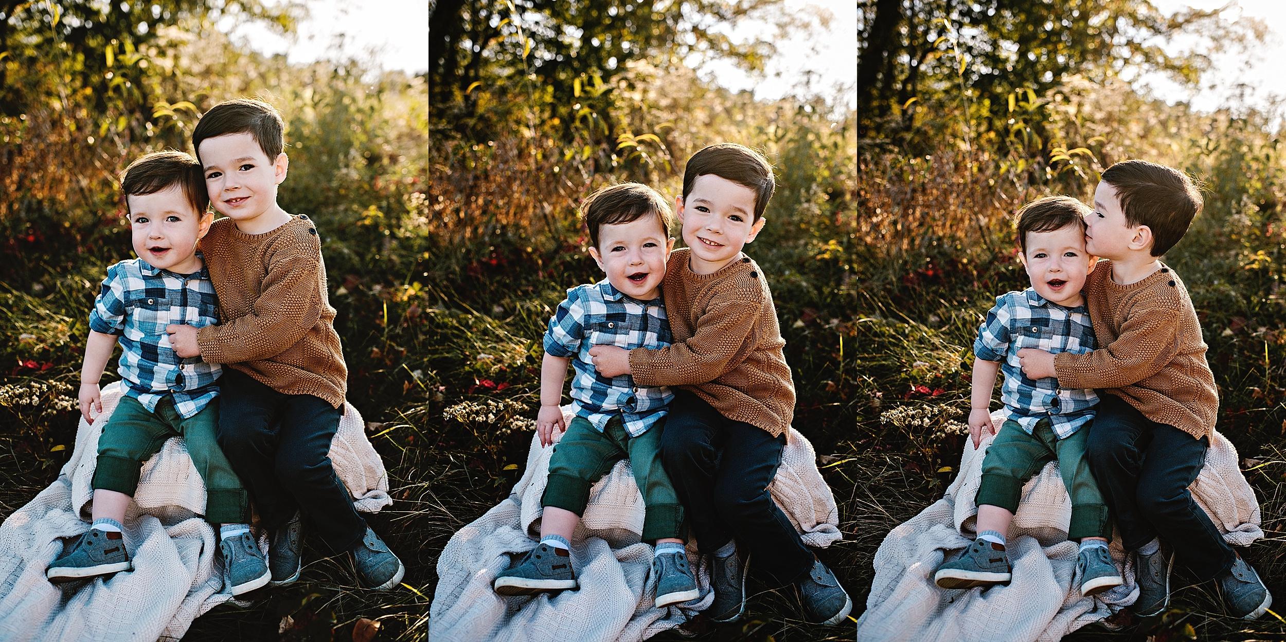 lauren-grayson-photography-portrait-artist-akron-cleveland-ohio-photographer-family-session-fields-sunset-fall_0168.jpg