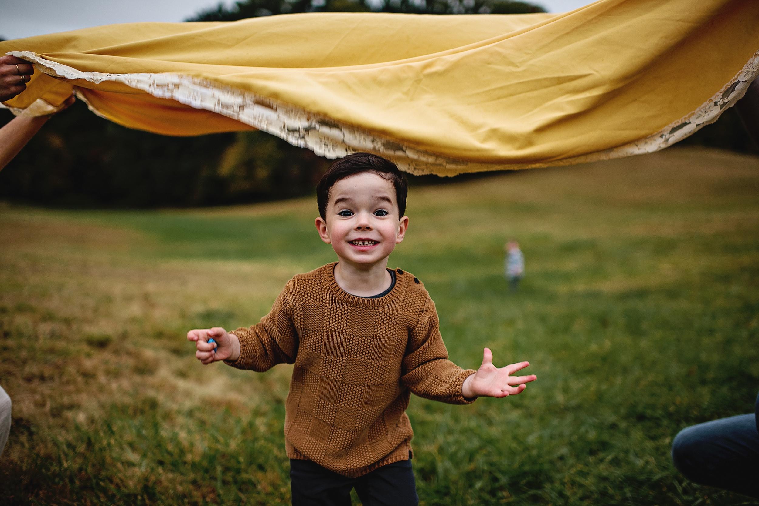 lauren-grayson-photography-portrait-artist-akron-cleveland-ohio-photographer-family-session-fields-sunset-fall_0199.jpg