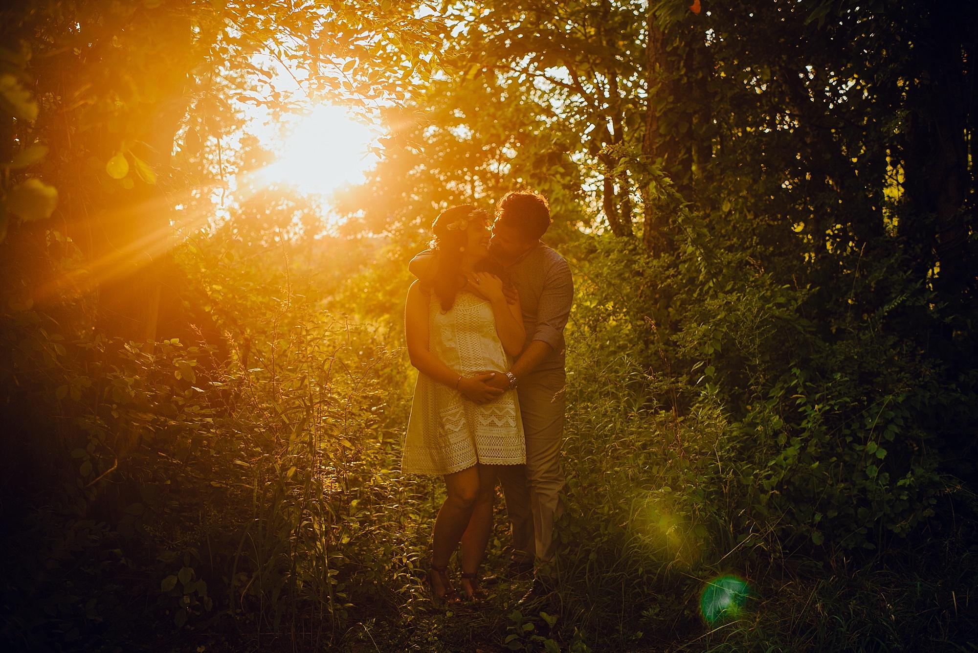 lauren-grayson-photography-cleveland-ohio-photographer-maternity-summer-outdoor-bohemian-fields-session_0498.jpg