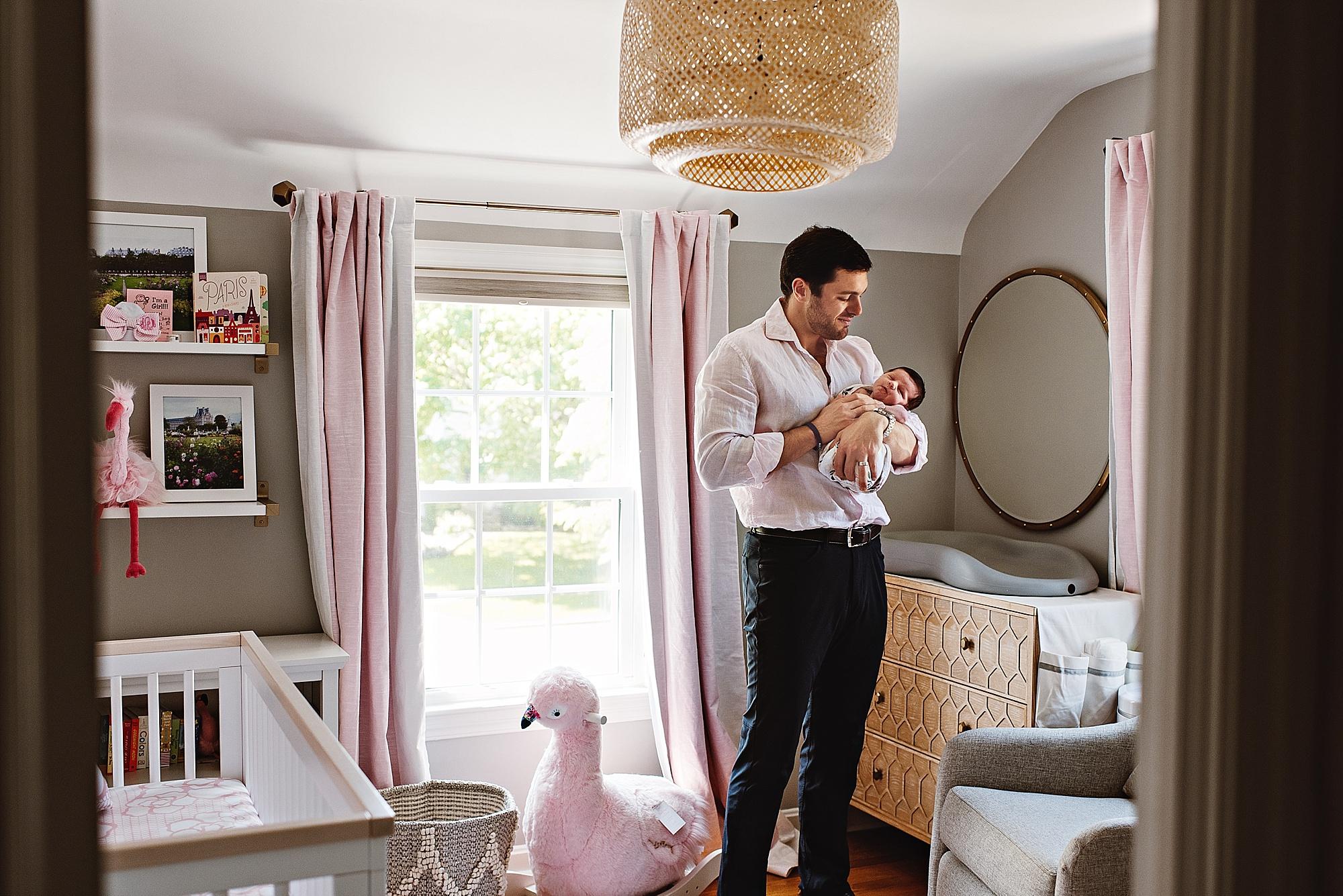 lauren-grayson-photography-cleveland-ohio-photographer-newborn-session-in-home-lifestyle-newborn-family-vivian_0648.jpg