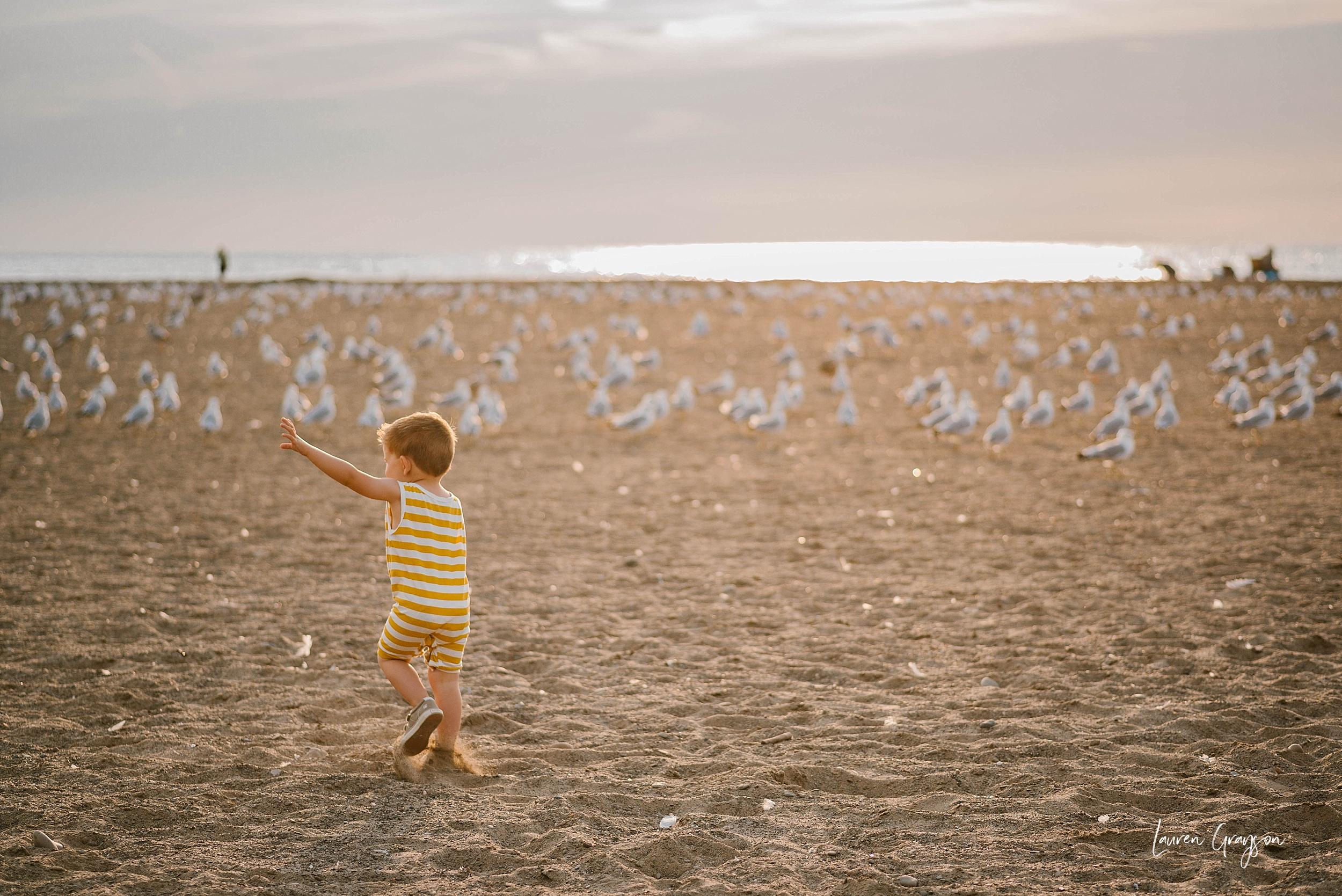 lauren-grayson-photography-cleveland-ohio-photographer-mentor-headlands-beach-maternity-session-2018_0760.jpg