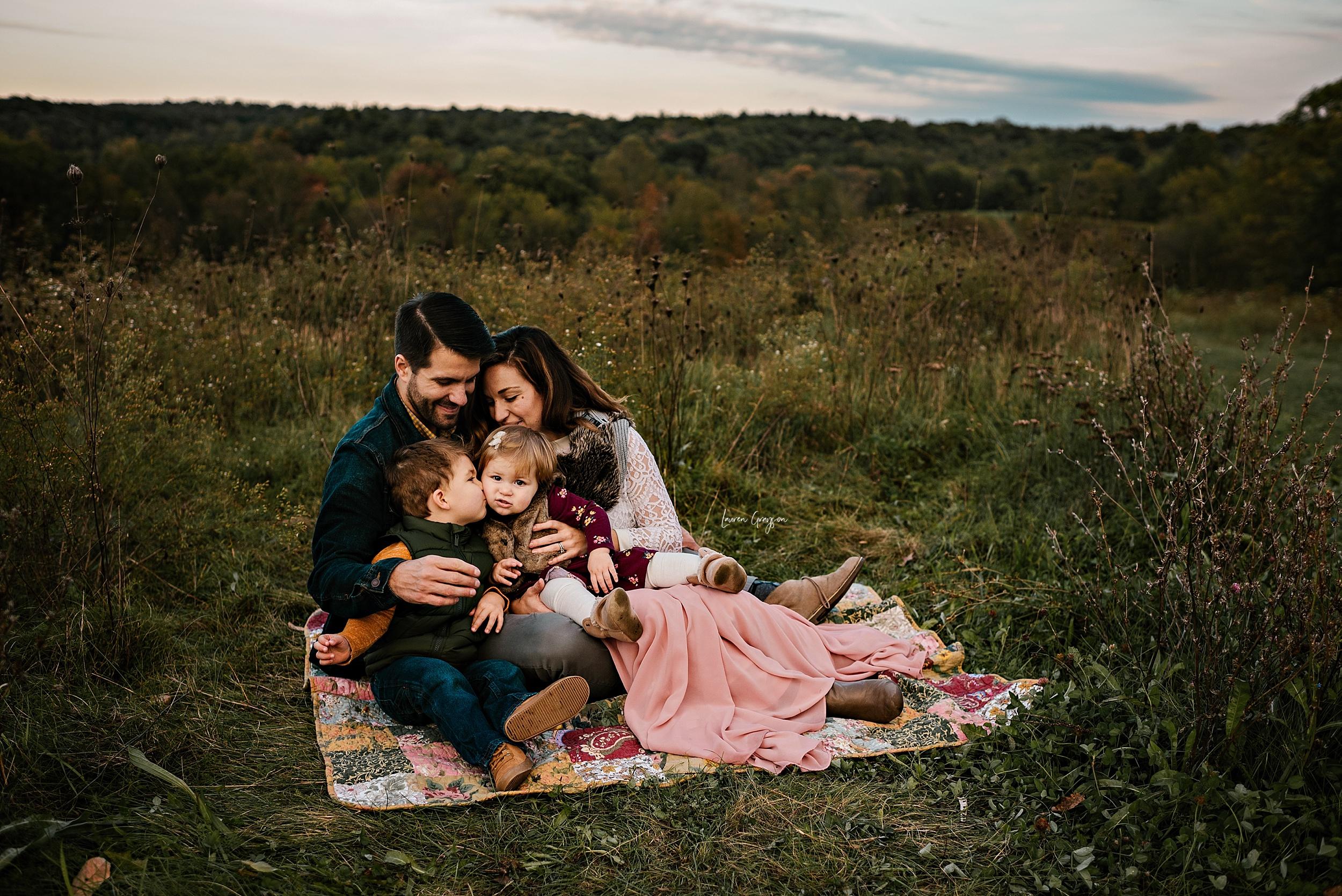 lauren-grayson-photography-akron-photographer-family-carro_0994.jpg