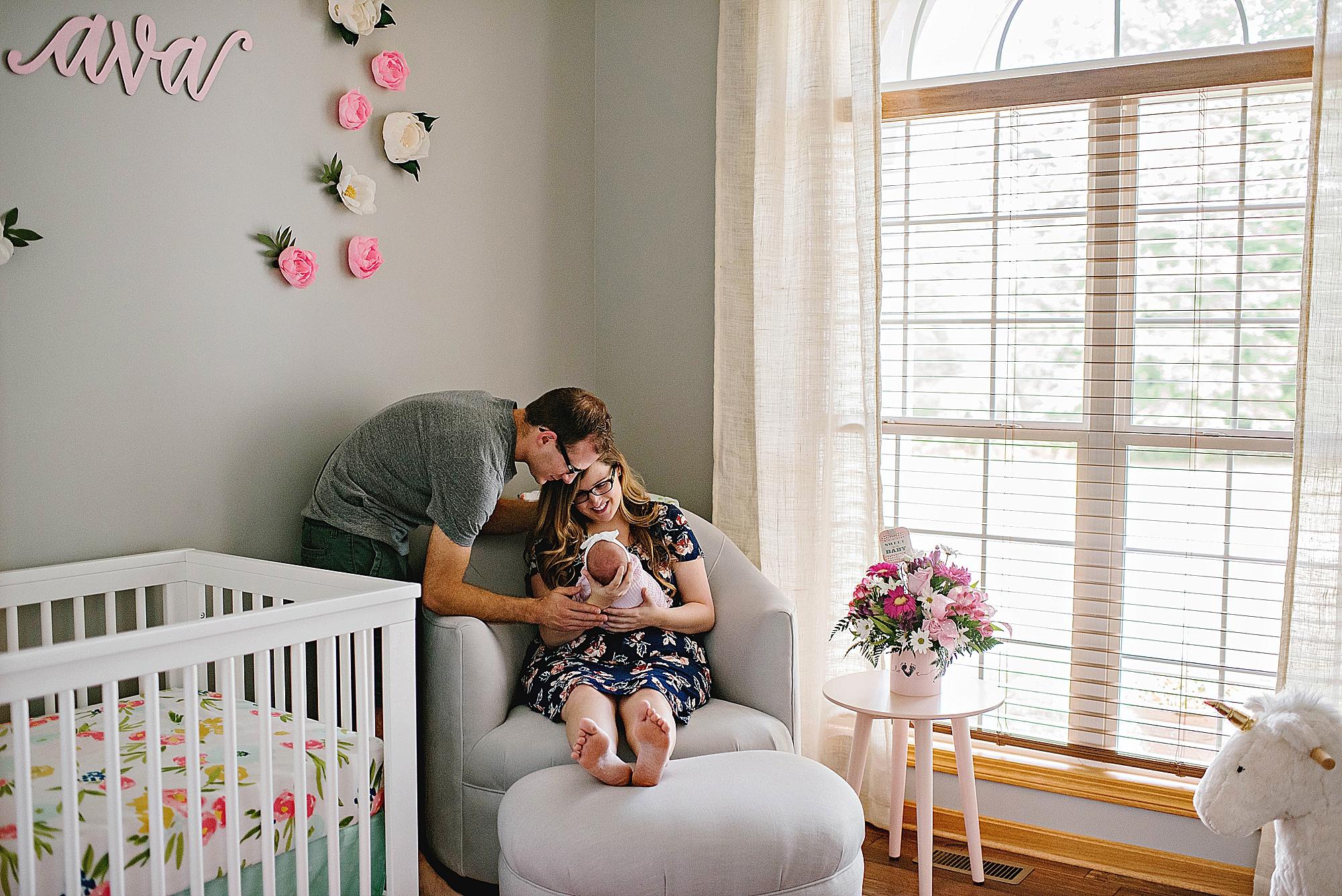 lauren-grayson-photography-akron-ohio-cleveland-best-newborn-photos-baby-photographer-2018_0011.jpg