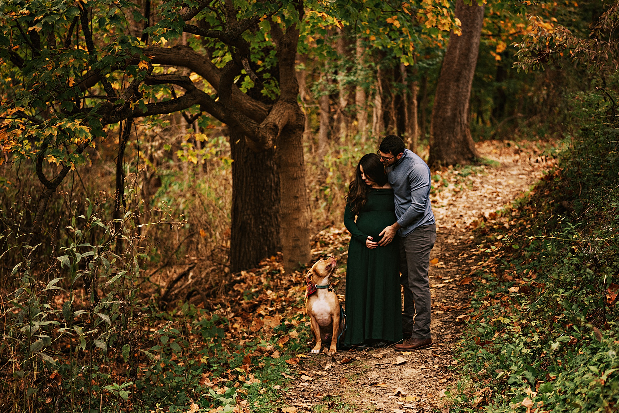 lauren-grayson-photography-akron-ohio-maternity-session-fall-hammer_0025.jpg