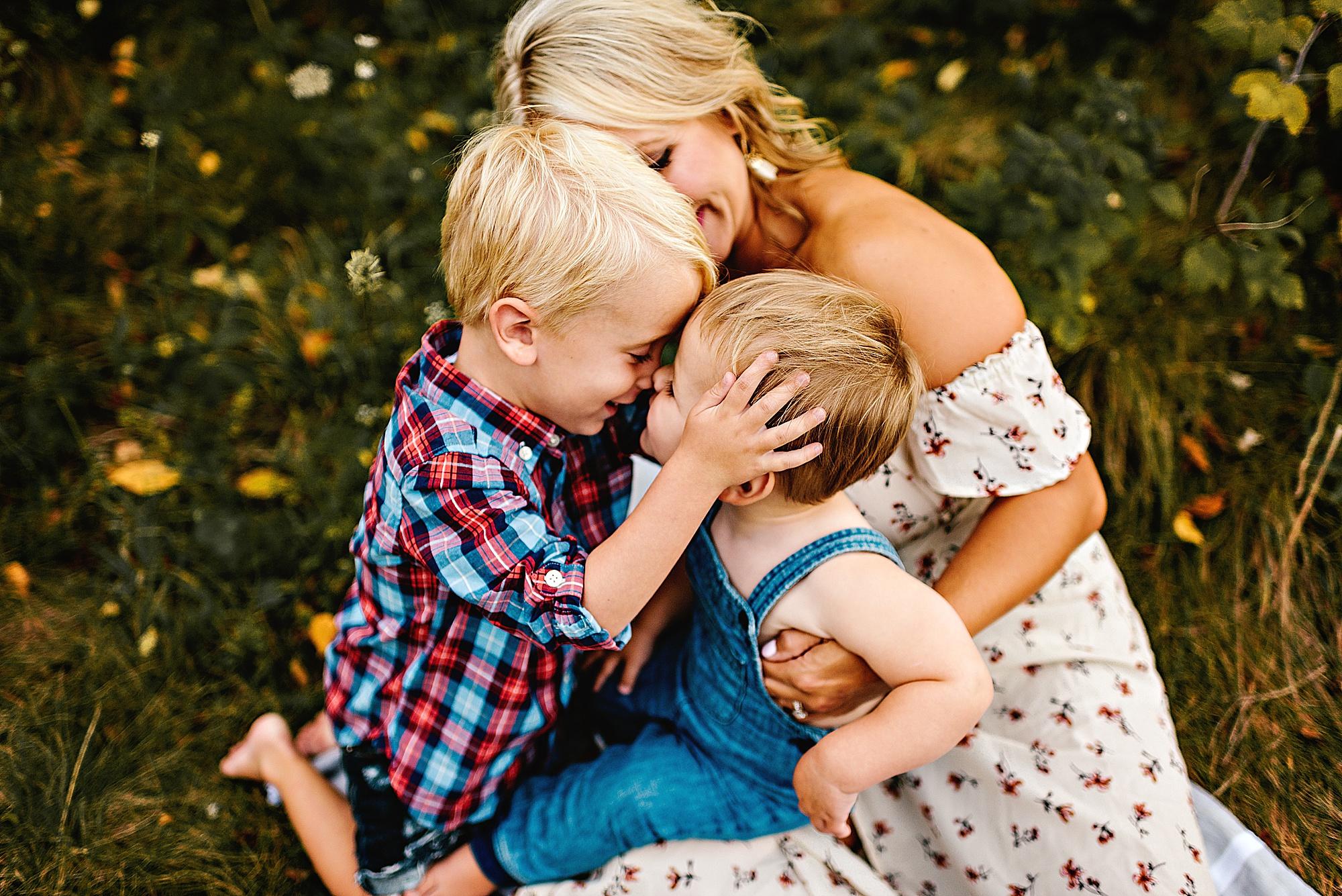 lauren-grayson-photography-akron-ohio-best-family-photos-2018-cleveland_0015.jpg