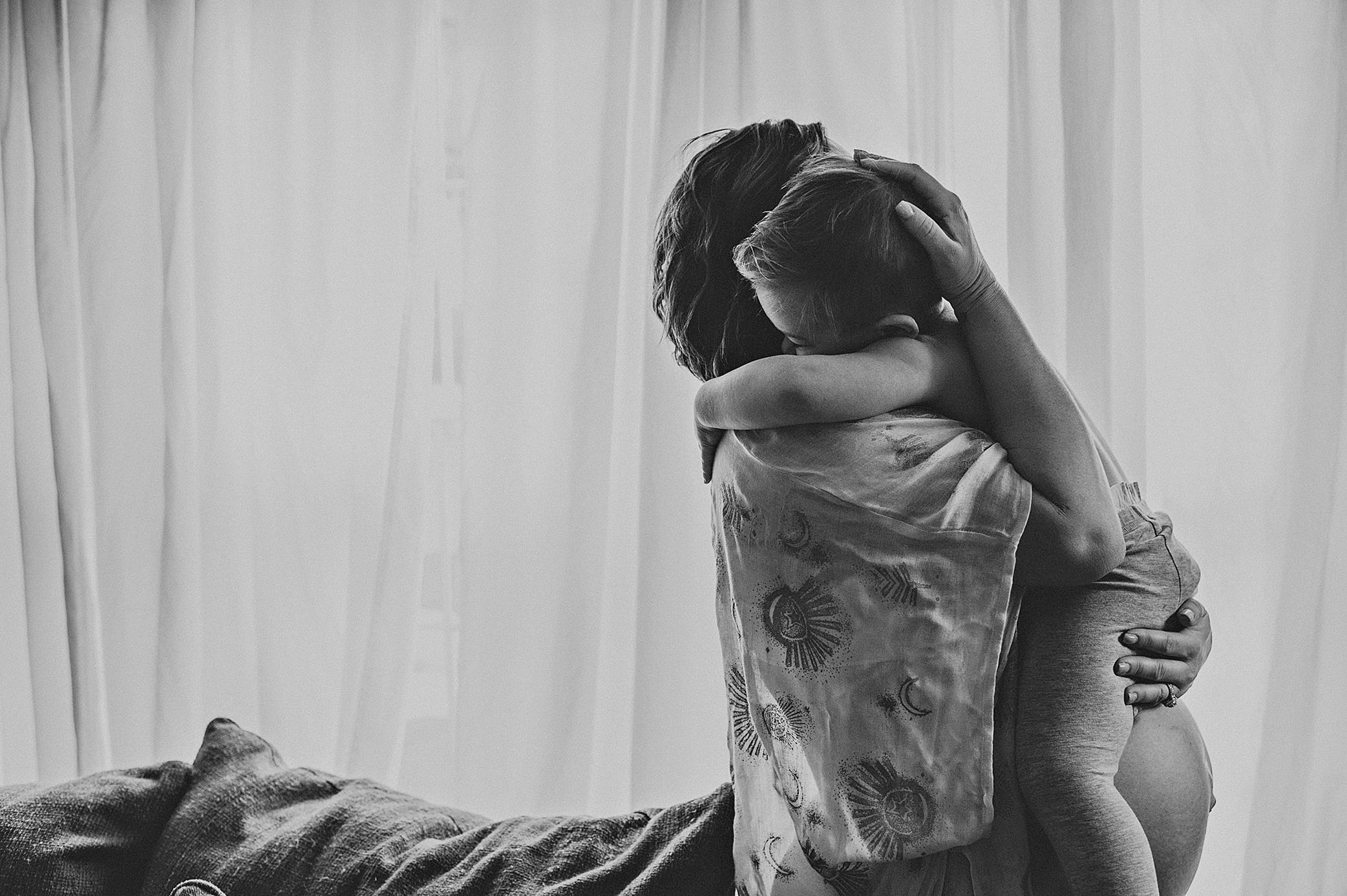 akronohio-newborn-maternity-cleveland-photogrpaher-laurengrayson-lifestyleinhomedocumentary-taylor_fb2.png