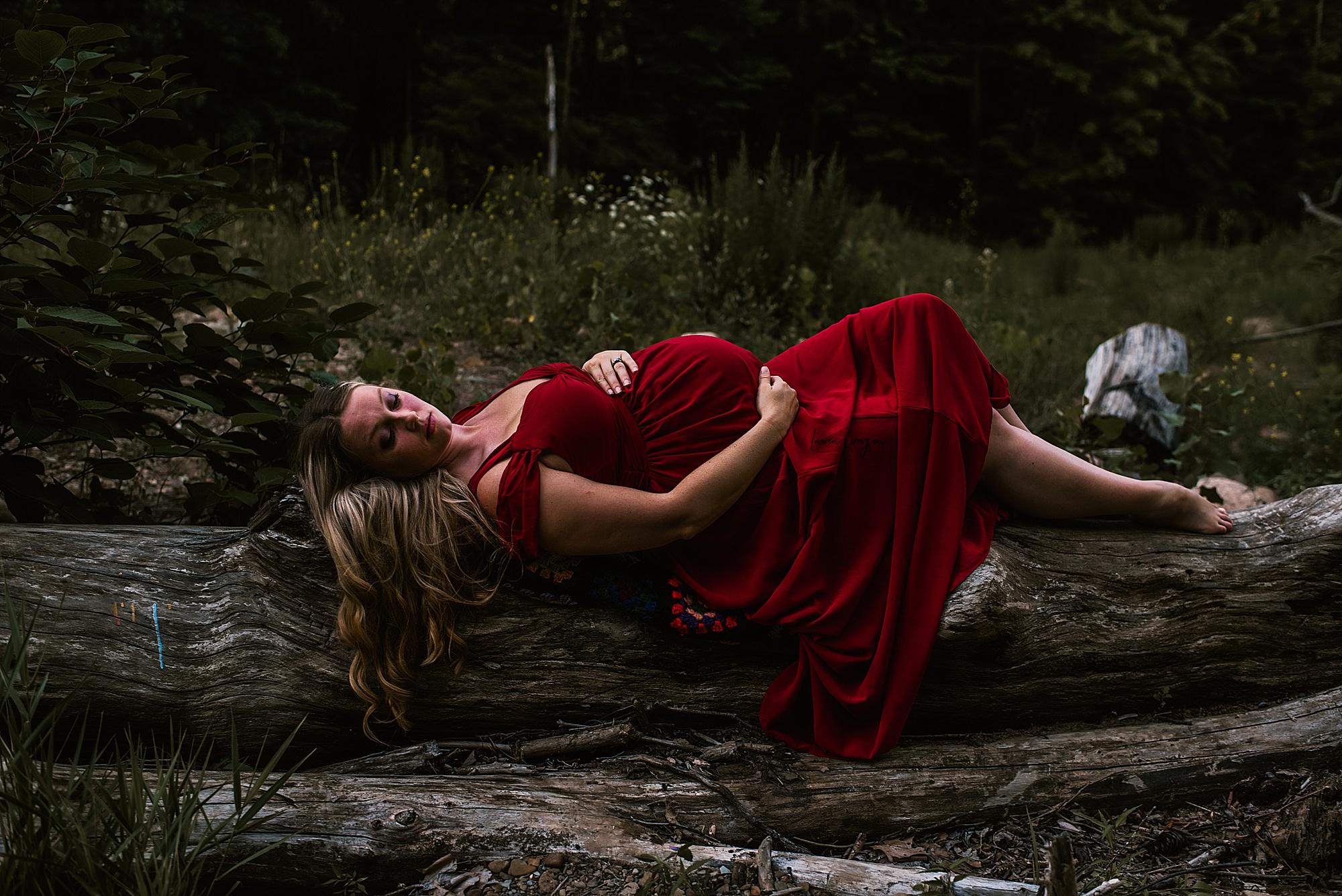 lauren-grayson-photography-akron-ohio-maternity-photographer-waterfall-sarah-f_0019.jpg