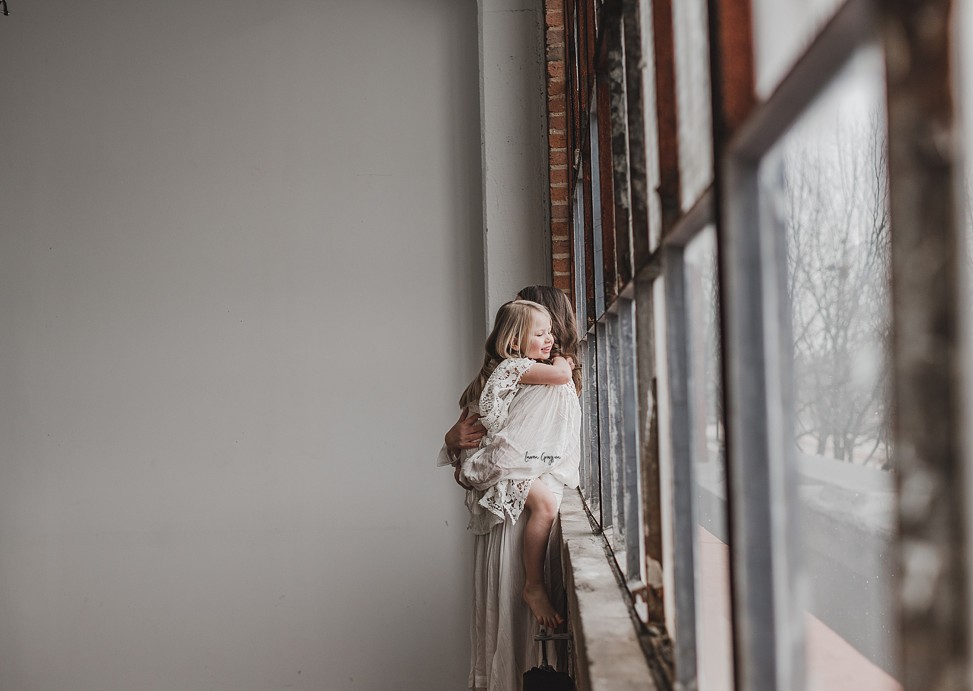 lauren-grayson-photography-canton-ohio-newborn-family-photographer-woods-lacey_0072.jpg