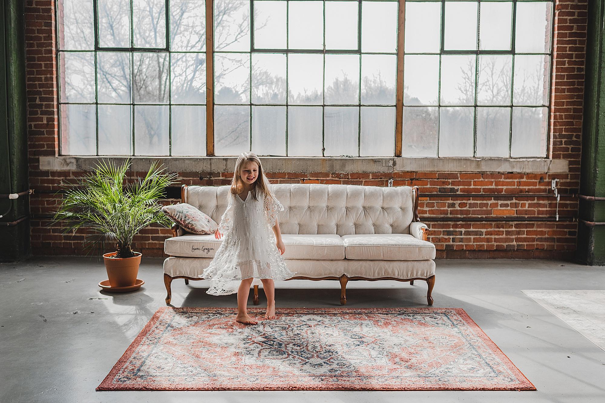 lauren-grayson-photography-canton-ohio-newborn-family-photographer-woods-lacey_0071.jpg