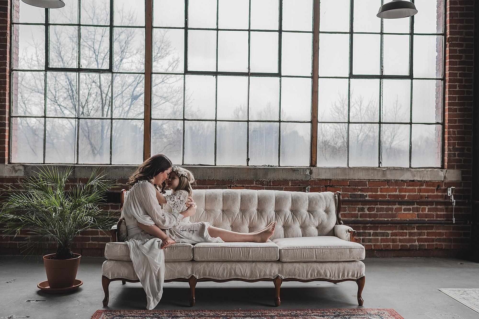 lauren-grayson-photography-canton-ohio-newborn-family-photographer-woods-lacey_0051.jpg