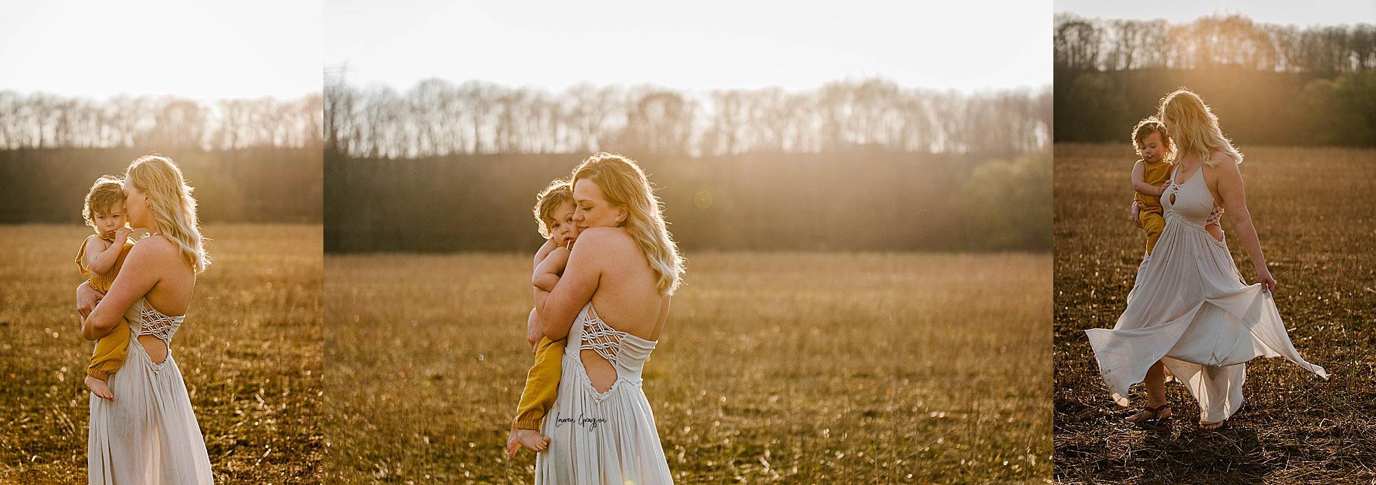 lauren-grayson-photography-akron-ohio-family-mom-boys-field-spring-outdoor-session_0003.jpg