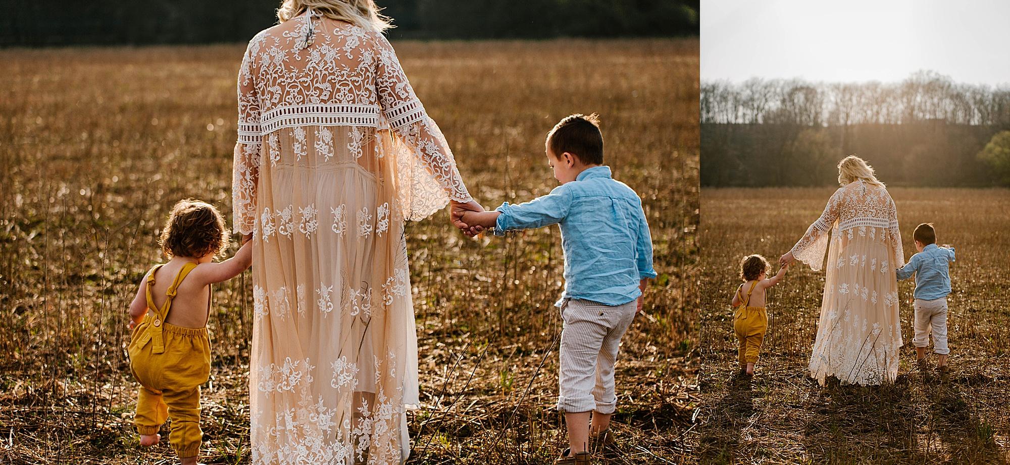 lauren-grayson-photography-akron-ohio-family-mom-boys-field-spring-outdoor-session_0017.jpg