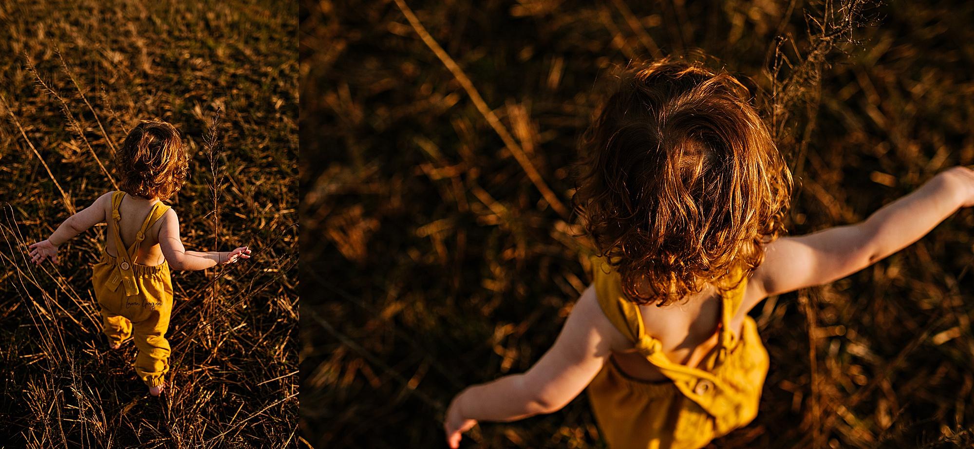 lauren-grayson-photography-akron-ohio-family-mom-boys-field-spring-outdoor-session_0023.jpg