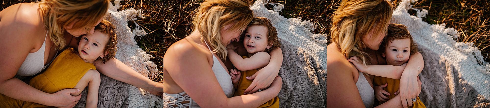 lauren-grayson-photography-akron-ohio-family-mom-boys-field-spring-outdoor-session_0033.jpg