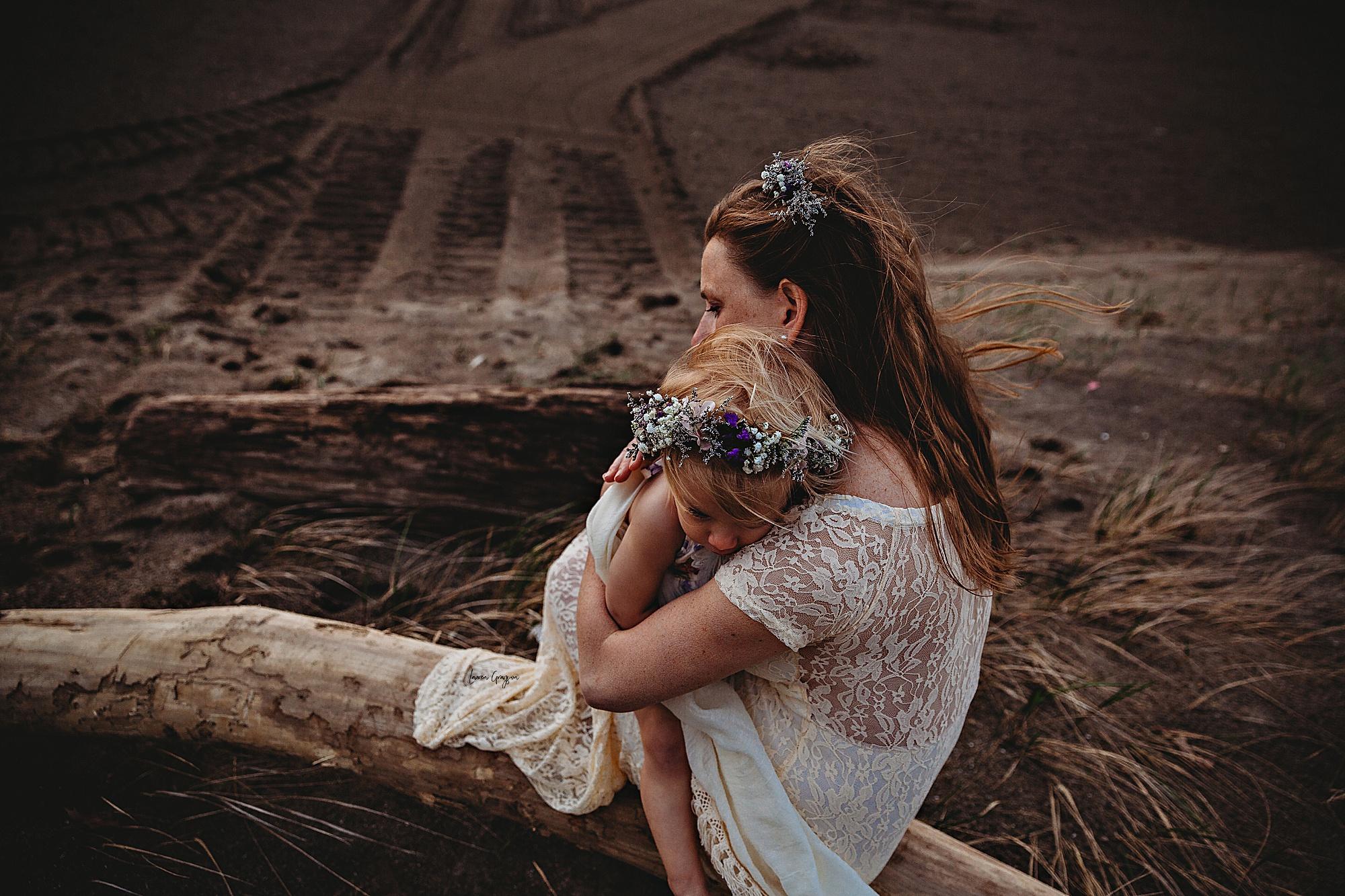 lauren-grayson-photography-mentor-headlands-park-cleveland-ohio-photographer-tiffany-maternity-_0020.jpg