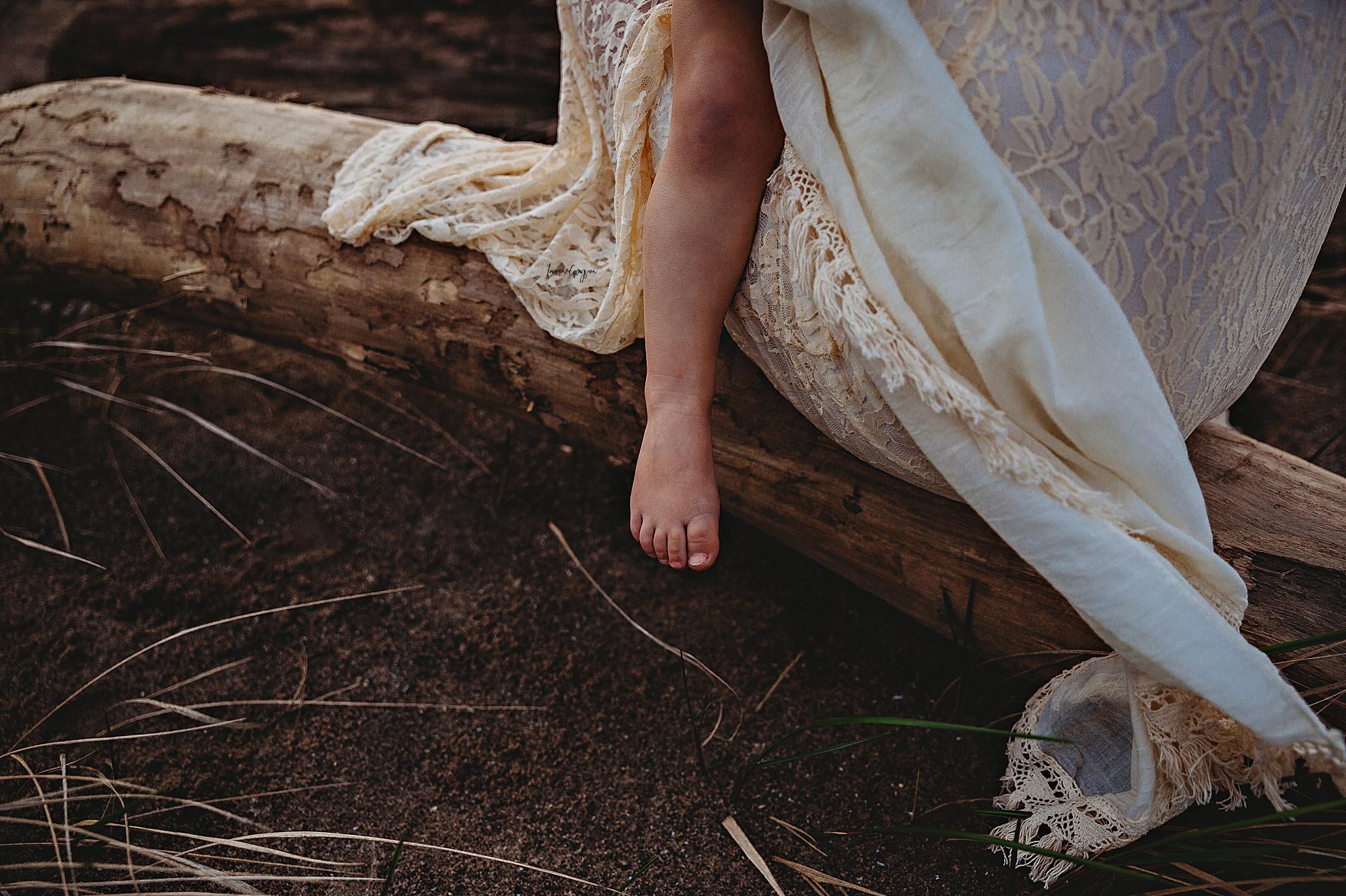 lauren-grayson-photography-mentor-headlands-park-cleveland-ohio-photographer-tiffany-maternity-_0019.jpg