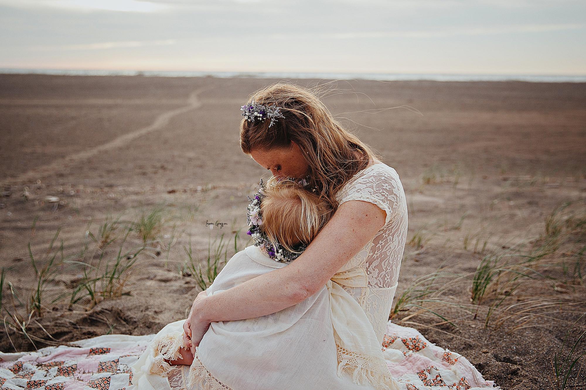 lauren-grayson-photography-mentor-headlands-park-cleveland-ohio-photographer-tiffany-maternity-_0014.jpg