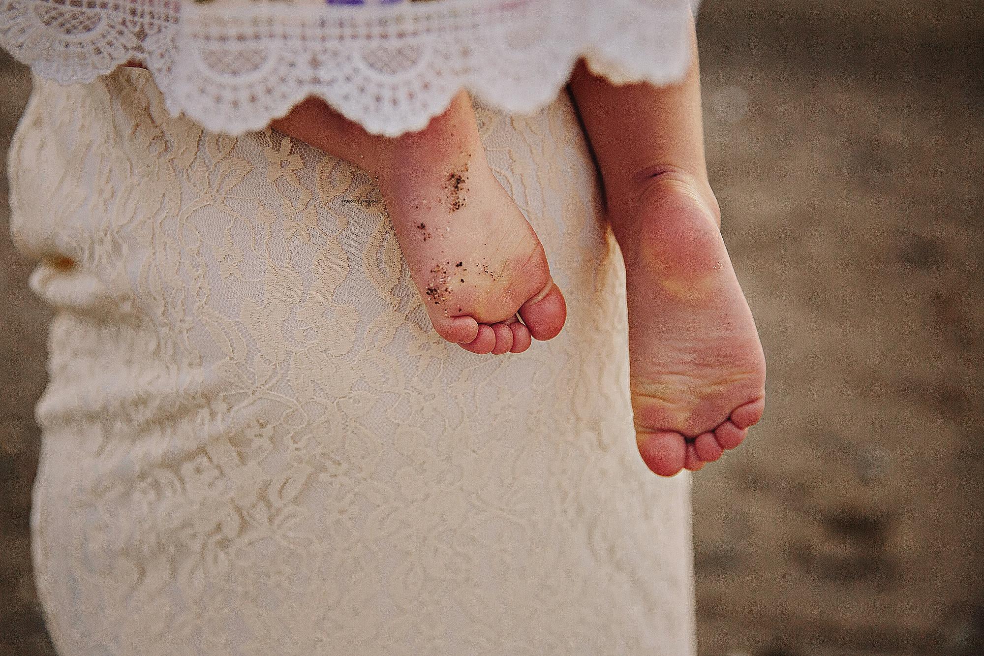 lauren-grayson-photography-mentor-headlands-park-cleveland-ohio-photographer-tiffany-maternity-_0012.jpg