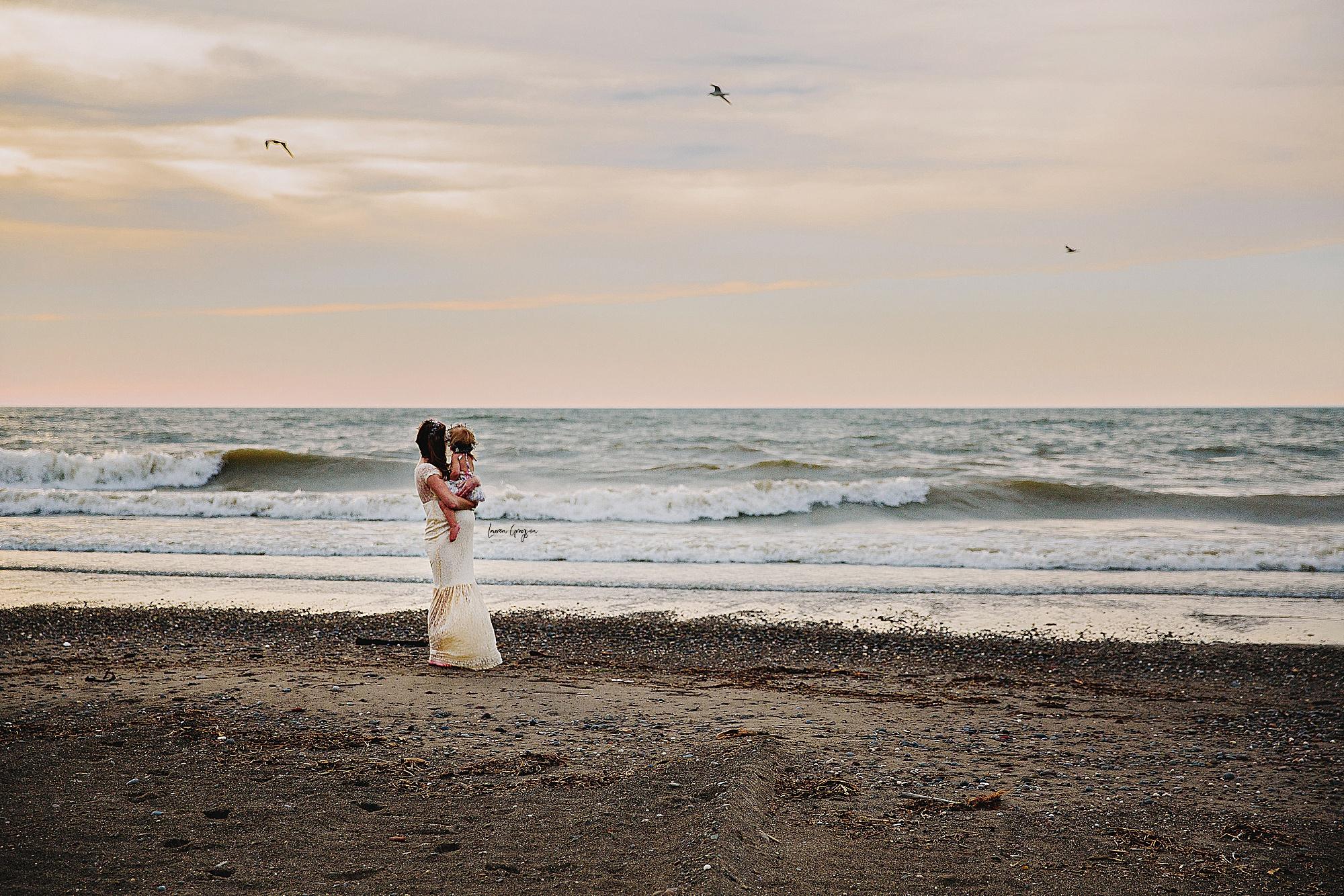 lauren-grayson-photography-mentor-headlands-park-cleveland-ohio-photographer-tiffany-maternity-_0008.jpg