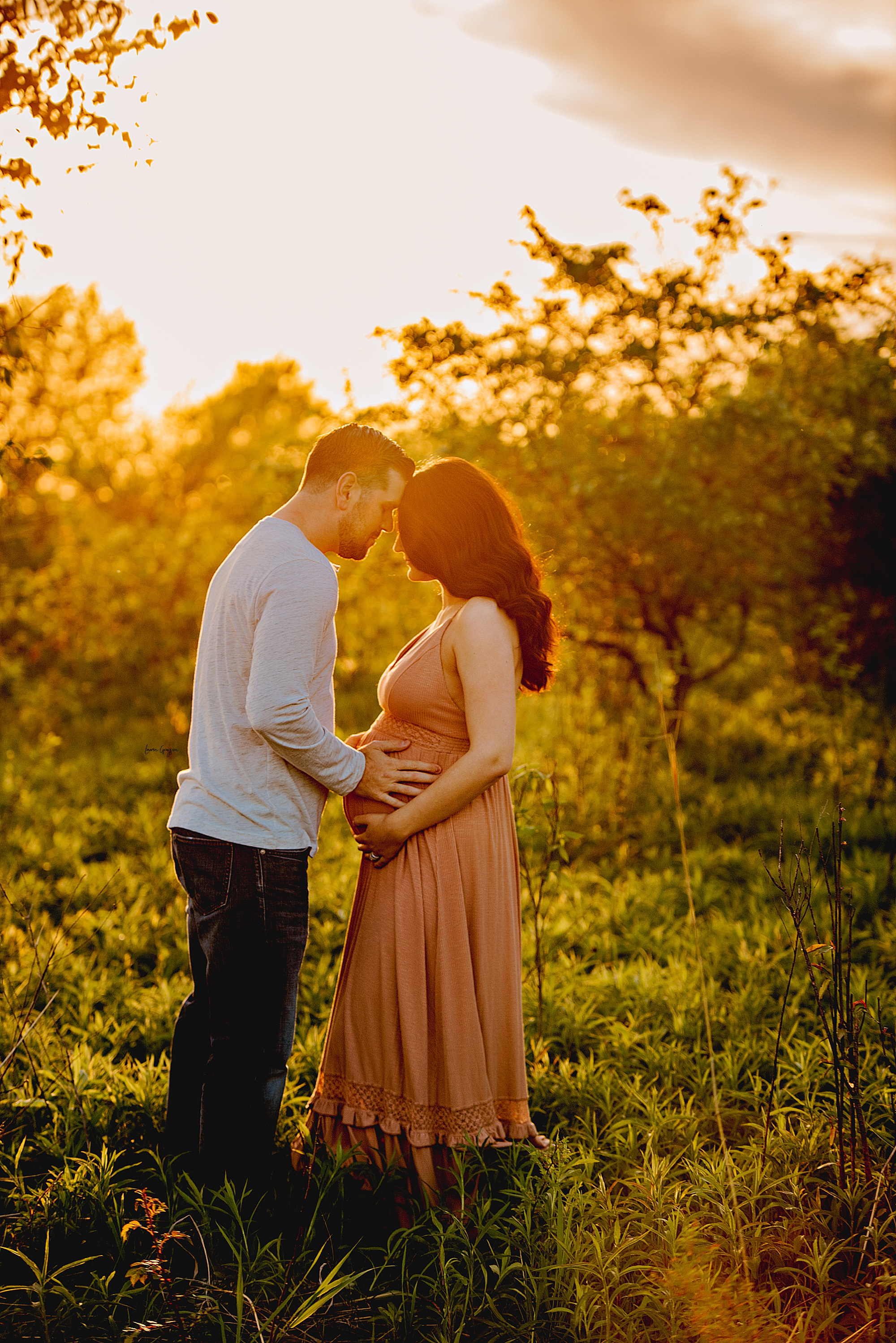 Medina Photography, Outdoor Maternity Session at sunset, lauren grayson photography
