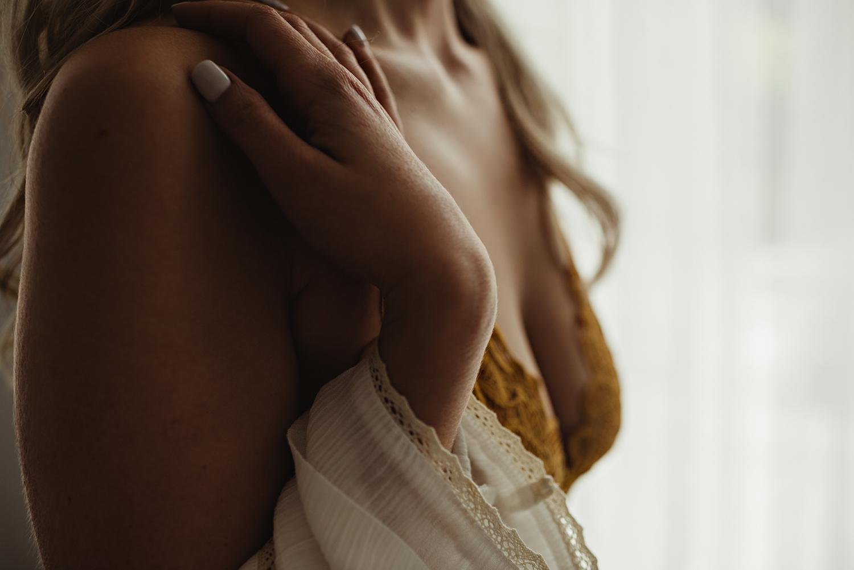 cleveland-boudoir-photographer-lauren-grayson