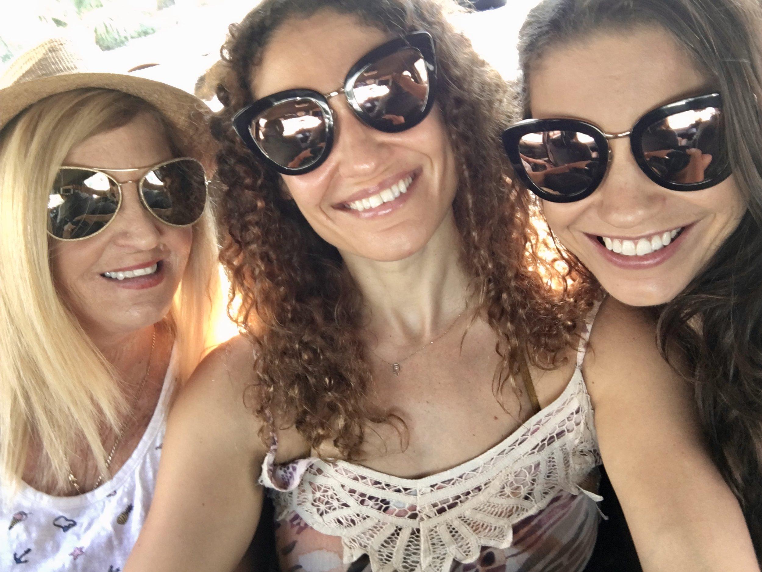 Cruising a láChanel ( Miami Beach, Florida, USA )