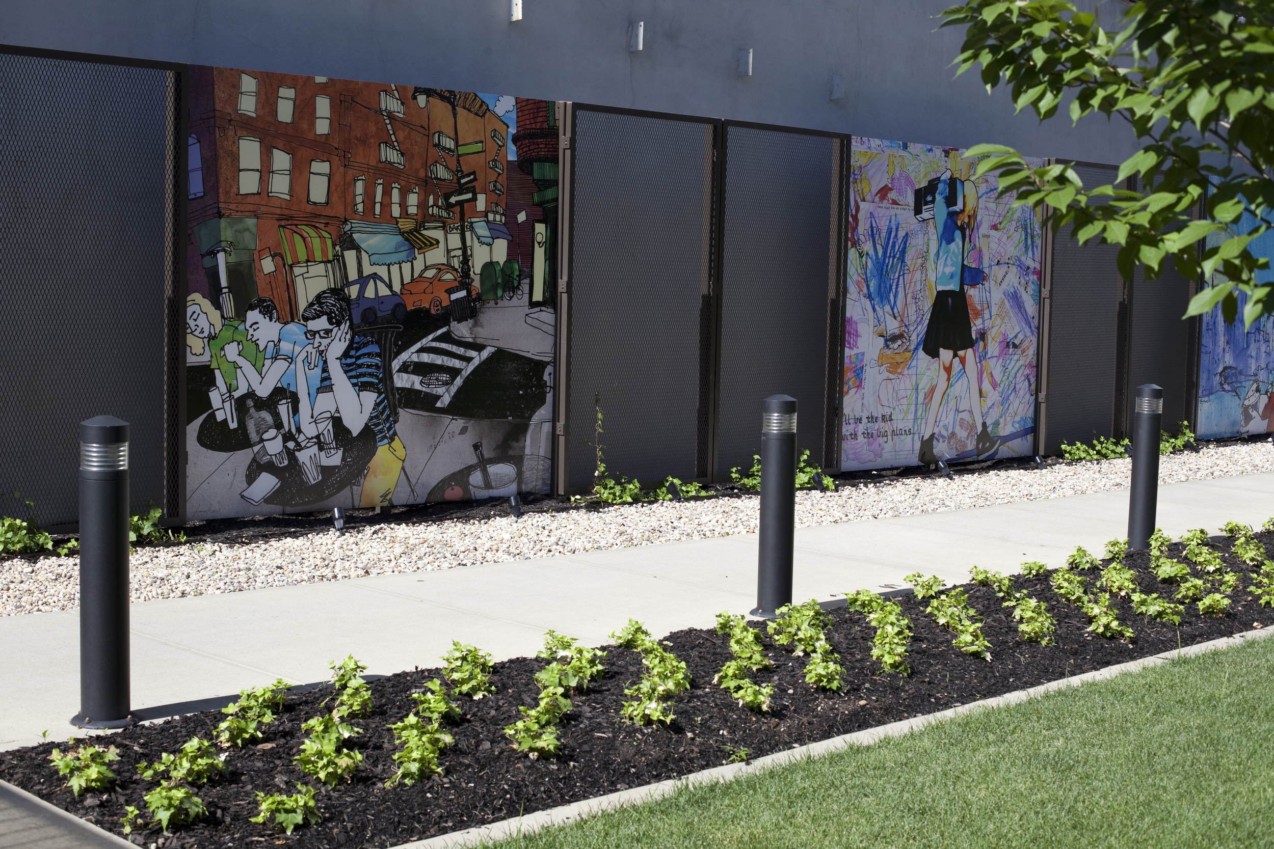 424 BEDFORD - Curated by Indiewalls