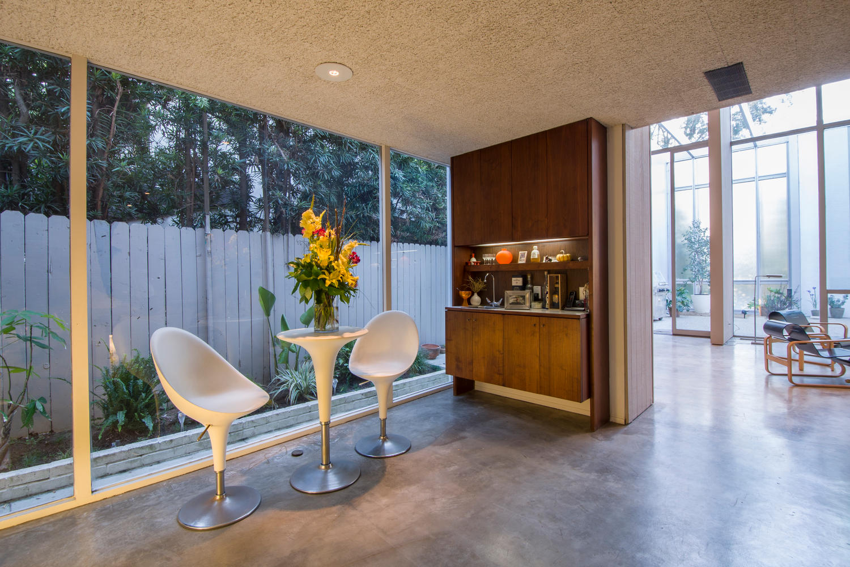 4204 Cedar Ave Long Beach CA-large-009-9-Dining Room-1500x1000-72dpi.jpg
